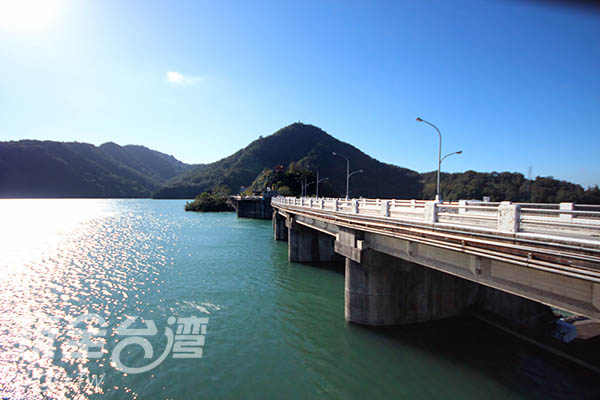 石門水庫-桃園市大溪區/玩全台灣旅遊網攝