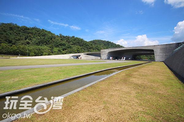 馬拉松起點為向山遊客中心/玩全台灣旅遊網攝