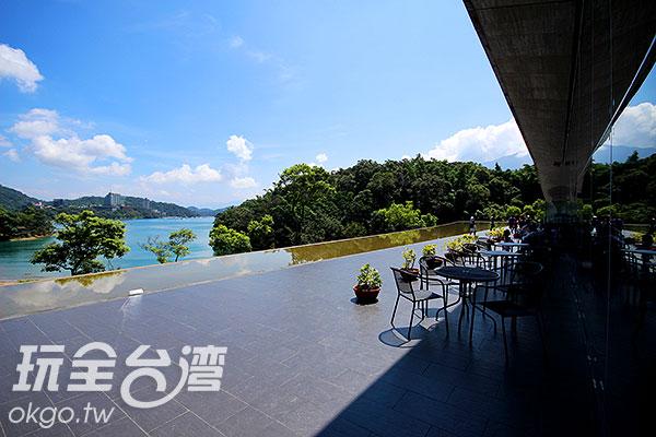 在這邊可以喝著咖啡聽著音樂感受溫馨氣息/玩全台灣旅遊網攝