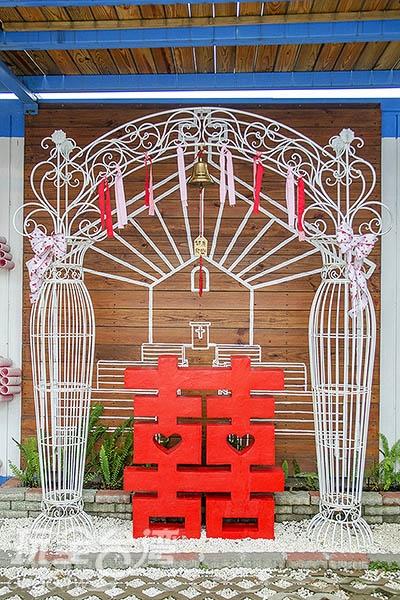 婚禮佈置也採用緞帶作為元素/玩全台灣旅遊網特約記者陳健安攝
