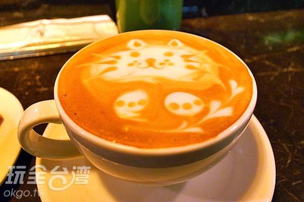濃郁咖啡香味徜徉於捷運站內/玩全台灣旅遊網特約記者阿辰攝