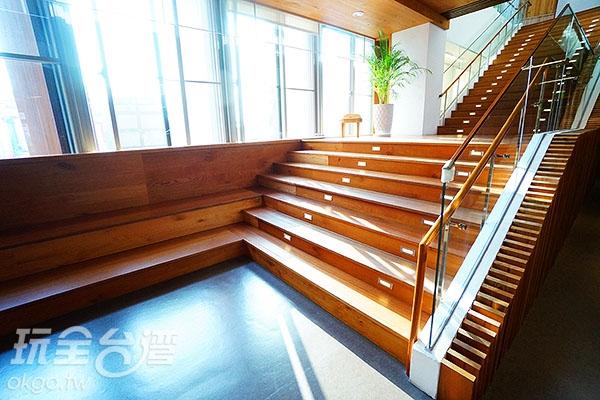 2F樓梯間/玩全台灣旅遊網特約記者小綠攝