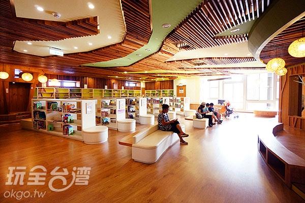 2F兒童閱覽室/玩全台灣旅遊網特約記者小綠攝