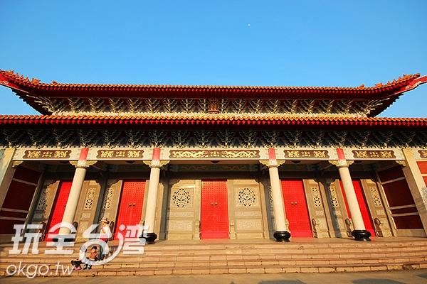 桃園孔廟古典的建築有著傳統的美/玩全台灣旅遊網攝