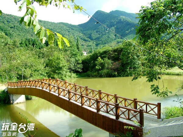 位在苗栗南庄鄉的向天湖,經常霧氣瀰漫。/玩全台灣旅遊網攝
