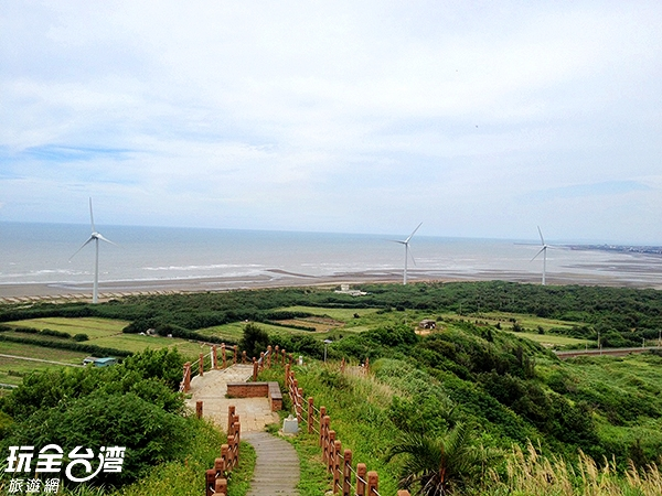 來趟後龍好望角絕對會有海闊天空的感覺/玩全台灣旅遊網攝