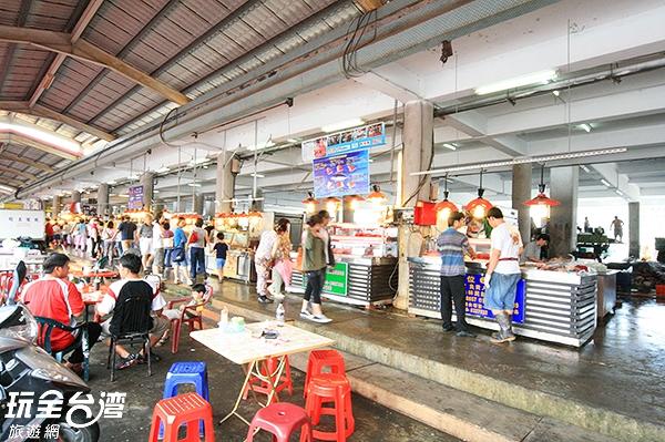 網羅各式海味的市場絕對是不能錯過的呀!/玩全台灣旅遊網攝
