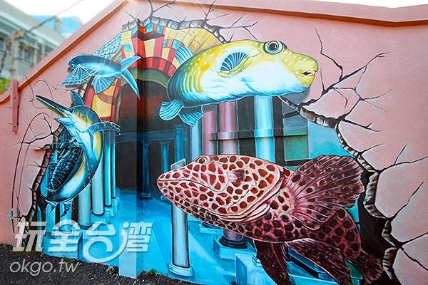咦!原來牆面後面是一個通往皇宮的走廊呀!/玩全台灣旅遊網攝