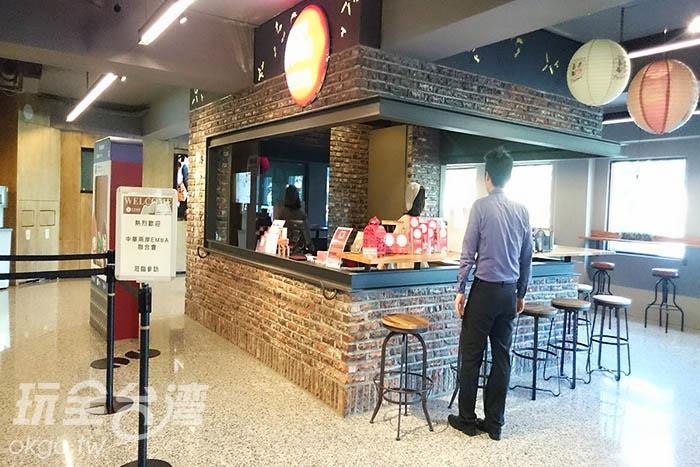 一樓服務中心為購票處/玩全台灣旅遊網特約記者蔡忻容攝