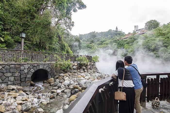 獨特的現象令人駐足觀看/玩全台灣旅遊網特約記者陳健安攝