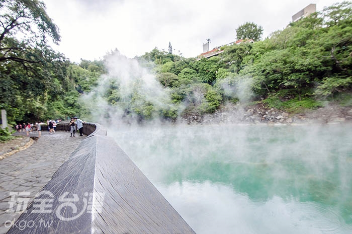 讓我們繼續沿著圍籬而行,一探究竟/玩全台灣旅遊網特約記者陳健安攝