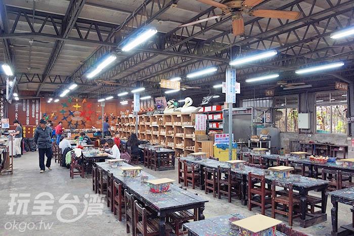 現場也可參加DIY手作活動,體驗木雕樂趣!/玩全台灣旅遊網吳明倫攝