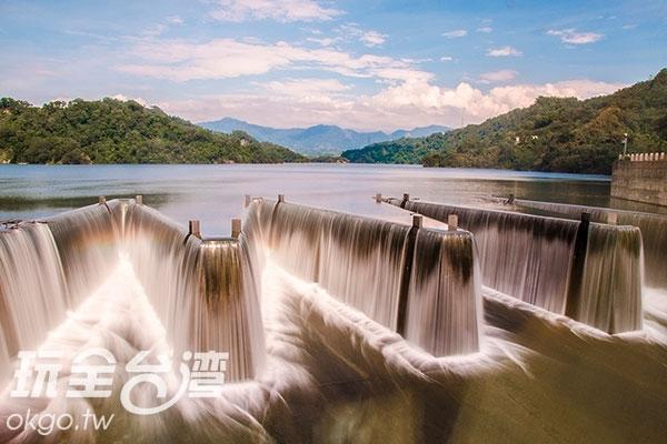 最後一個壓箱寶要介紹的就是鯉魚潭水庫了!/玩全台灣旅遊網旅行‧履行中攝