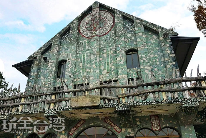 相當富有原民風格的新光部落基督教長老教會,是新光部落很有的知名度的一座建築。/玩全台灣旅遊網特約記者攝smallting
