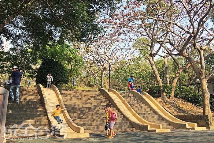 這裡是小孩子最愛的遊樂天堂/玩全台灣旅遊網一隻魚攝