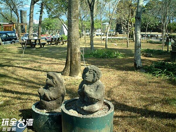 可愛的小石雕,大人小孩都喜歡/玩全台灣旅遊網攝