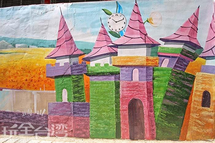 花海的景色也被繪進畫裡了/玩全台灣旅遊網攝