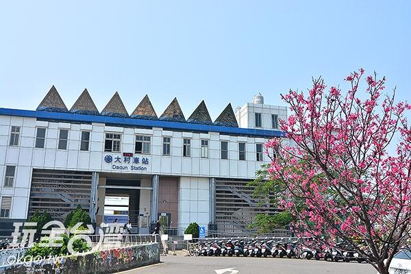 搭個火車也能夠拍美景,這麼方便的地方怎麼能錯過呢!/玩全台灣旅遊網特約記者陳欣瑩攝