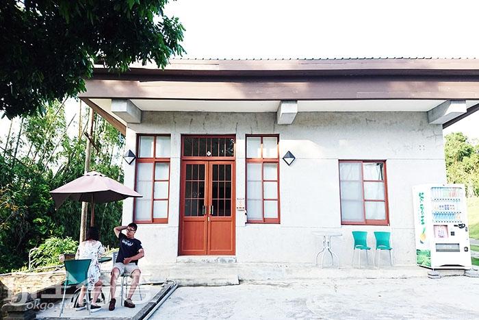 原台南水道的播放室,對原台南水道的歷史有興趣的旅人可入內瞭解一番。/玩全台灣旅遊網特約記者蔡忻容攝