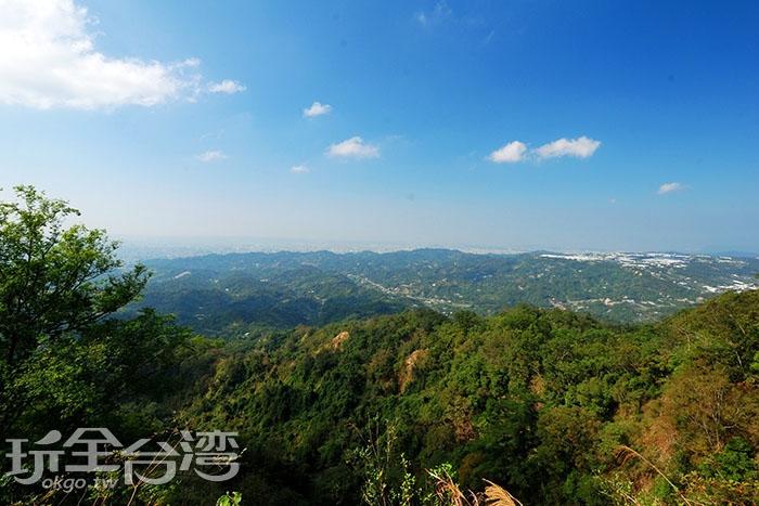 五號步道攻頂後絕對讓你不虛此行/玩全台灣旅遊網特約記者吳明倫攝