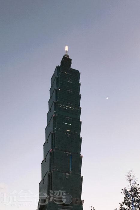 台北怎麼玩,跟著我們出發準沒錯!! /玩全台灣旅遊網特約記者風中一枝花攝