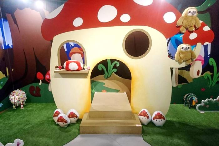 入口磨菇屋超級可愛!!/竹東動漫園區-蘑菇森林保衛戰提供