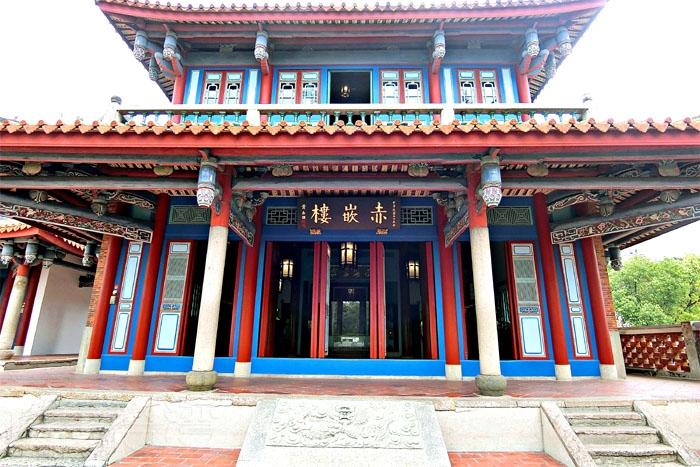 赤崁文化園區以赤嵌樓為最大地標建築。/玩全台灣旅遊網特約記者阿辰攝
