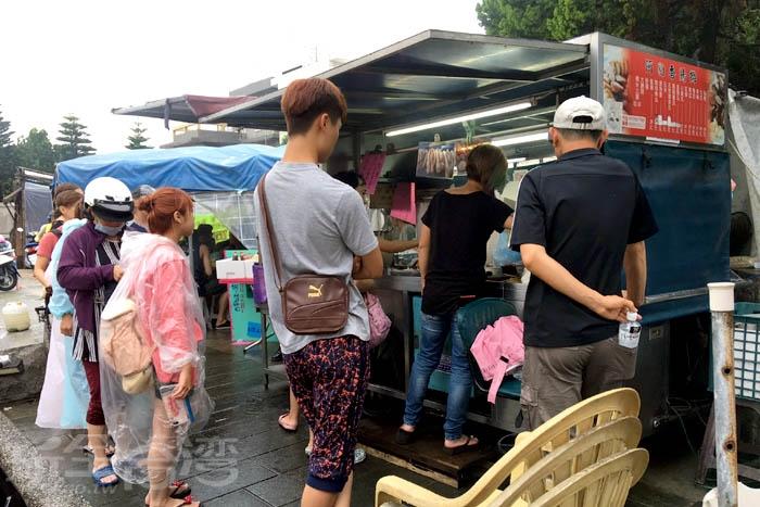傳統小吃絕對是出遊的最佳夥伴啦!/玩全台灣旅遊網特約記者阿辰攝