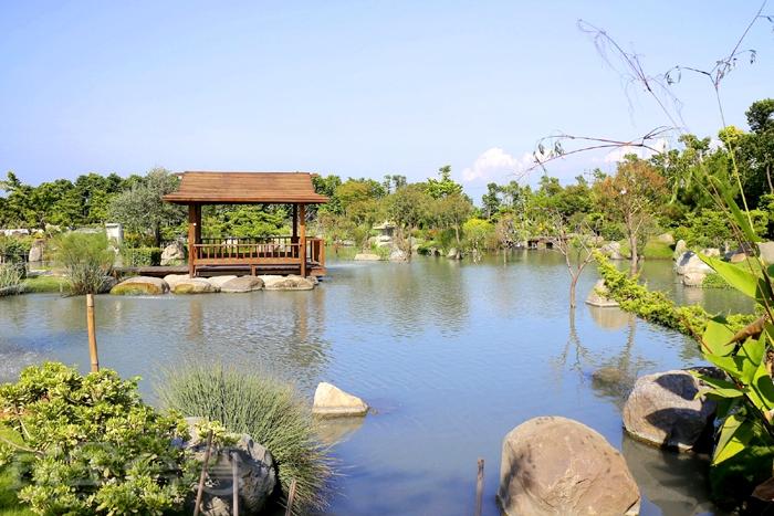 日式造景景觀園區,有一大片景觀生態池/玩全台灣旅遊網特約記者阿辰攝