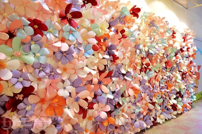 超美的花牆這裡也有哦!而且還是紙做的呢/玩全台灣旅遊網特約記者阿辰攝