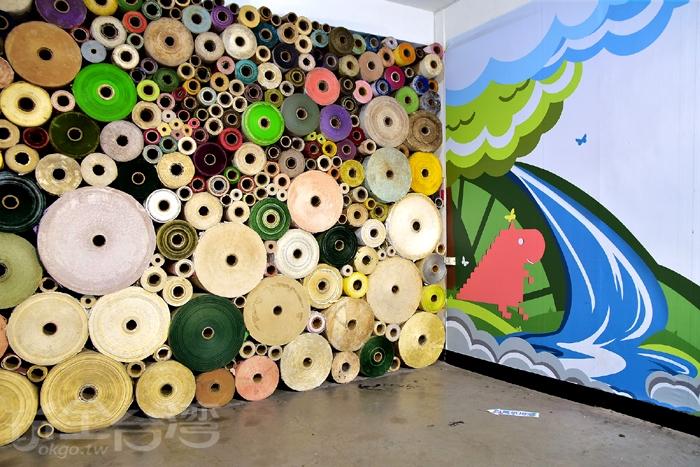 這裡是必拍的百萬紙捲牆/玩全台灣旅遊網特約記者阿辰攝