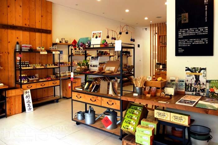 空間結合了藝術、食堂、閱讀、活動等,十分多元/玩全台灣旅遊網特約記者阿辰攝