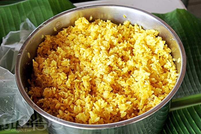 薑黃飯香Q好吃,裡面添加薑黃粉,富有極高營養價值/玩全台灣旅遊網特約記者阿辰攝