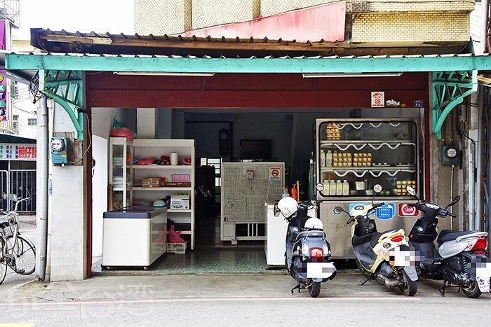 當地人推薦必吃這家60年古早味剉冰老店「小涼圓」/玩全台灣旅遊網特約記者阿辰攝