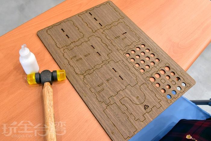 當天體驗的是卷木筆筒$100,有點像用拼裝方式製作,過程還蠻簡單的/玩全台灣旅遊網特約記者阿辰攝