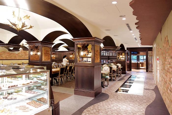 餐廳區提供各式甜點/玩全台灣旅遊網特約記者阿辰攝