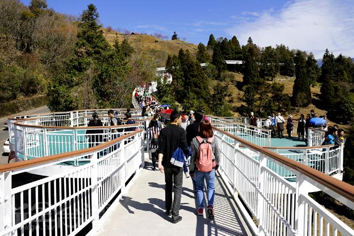 步道沿途設有6座景觀平台/玩全台灣旅遊網特約記者阿辰攝
