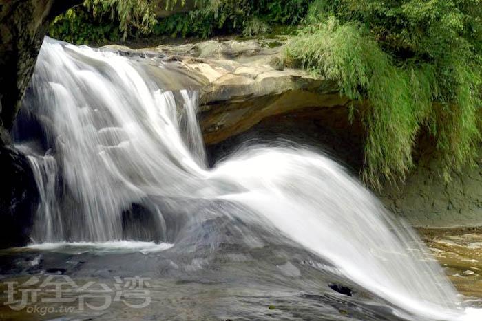 十分瀑布/玩全台灣旅遊網攝