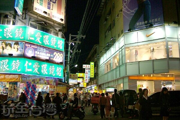 逢甲夜市/玩全台灣旅遊網攝