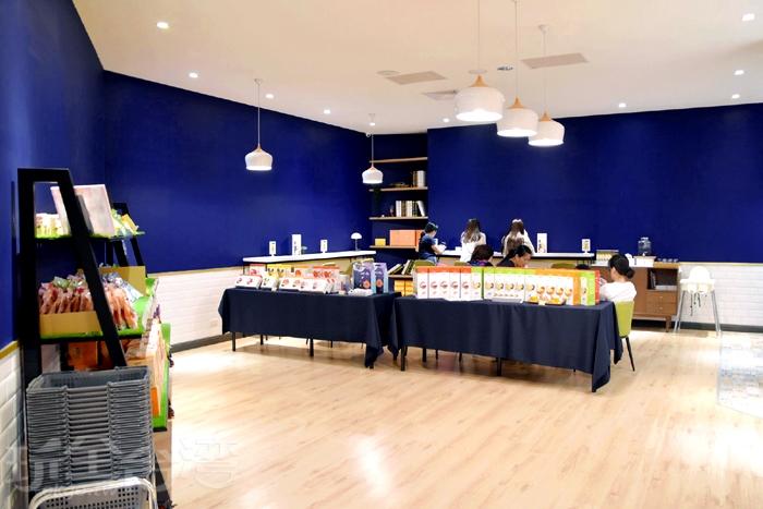 塔吉特千層蛋糕大使館-商品展售區/玩全台灣旅遊網特約記者小玉兒攝