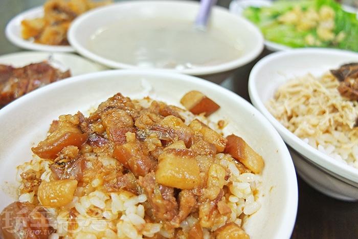 各式餐點讓你的消夜吃到超飽!!/玩全台灣旅遊網特約記者阿辰攝