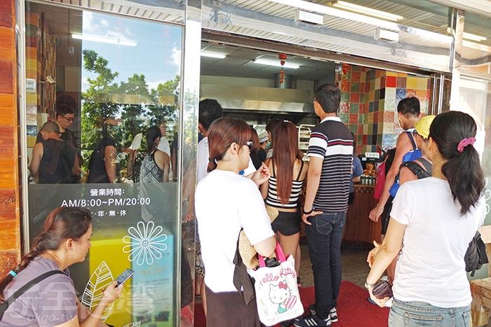 恆春鎮上的「小杜包子」店,人氣旺得嚇嚇叫/玩全台灣旅遊網特約記者阿辰攝