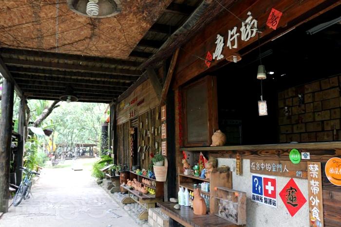 目前已經很少見的土角厝建築。/玩全台灣旅遊網特約記者殘月攝