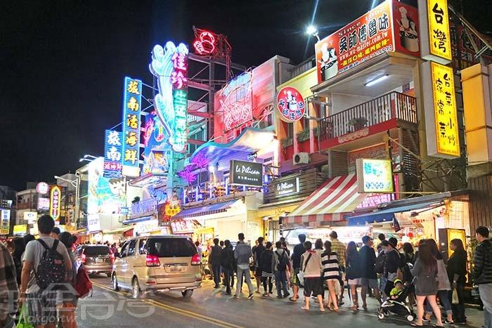 來墾丁絕不能錯過的大街/玩全台灣旅遊網特約記者阿辰攝