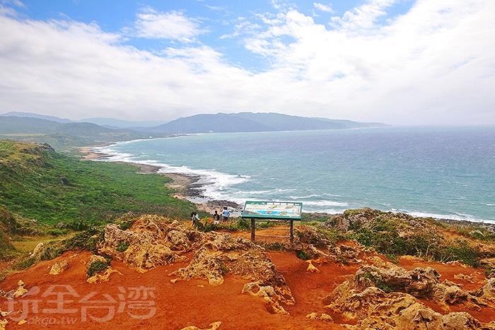 龍磐公園的奇特地形,也成為墾丁國家公園的四大景觀之一/玩全台灣旅遊網特約記者阿辰攝