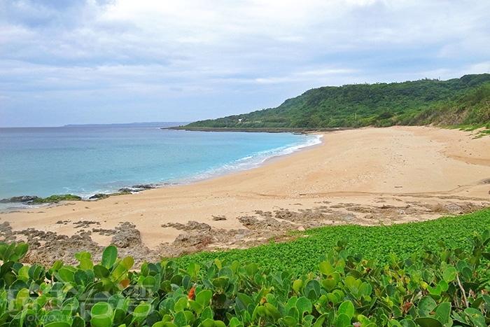 特地要來看看傳說中擁有世界級的貝殼砂沙灘/玩全台灣旅遊網特約記者阿辰攝