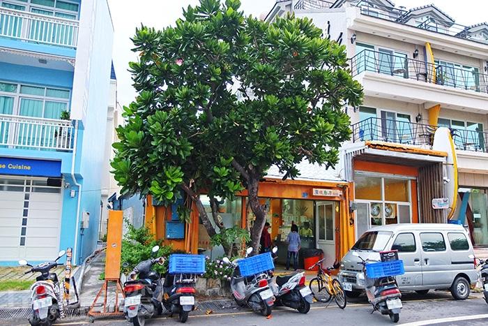 魔法廚房位於大灣路上,是許多民宿業者指定合作的早餐店/玩全台灣旅遊網特約記者阿辰攝