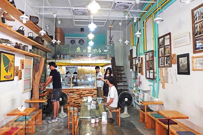 【鹿仔草冰店】佈置起來風格獨殊/玩全台灣旅遊網特約記者阿辰攝