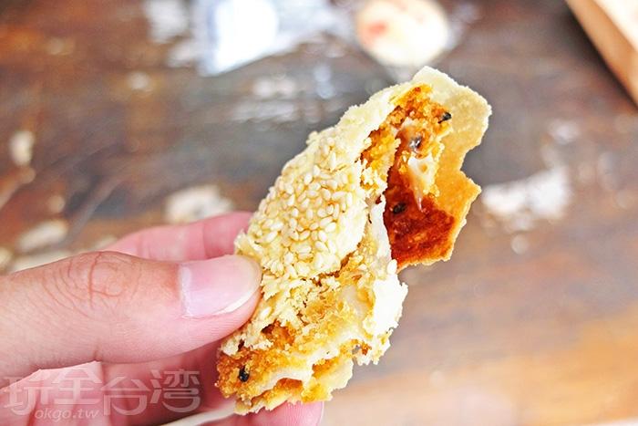 麻糬餅也好!帶點酥度,內餡越嚼越香~/玩全台灣旅遊網特約記者阿辰攝