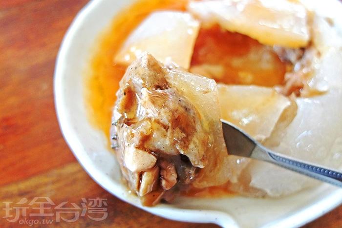 內餡則是用豬的後腿肉搭配筍干組合而成/玩全台灣旅遊網特約記者阿辰攝